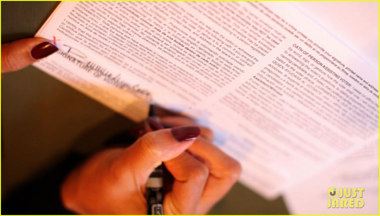 beyonce votes writes letter to obama on election day 042751876
