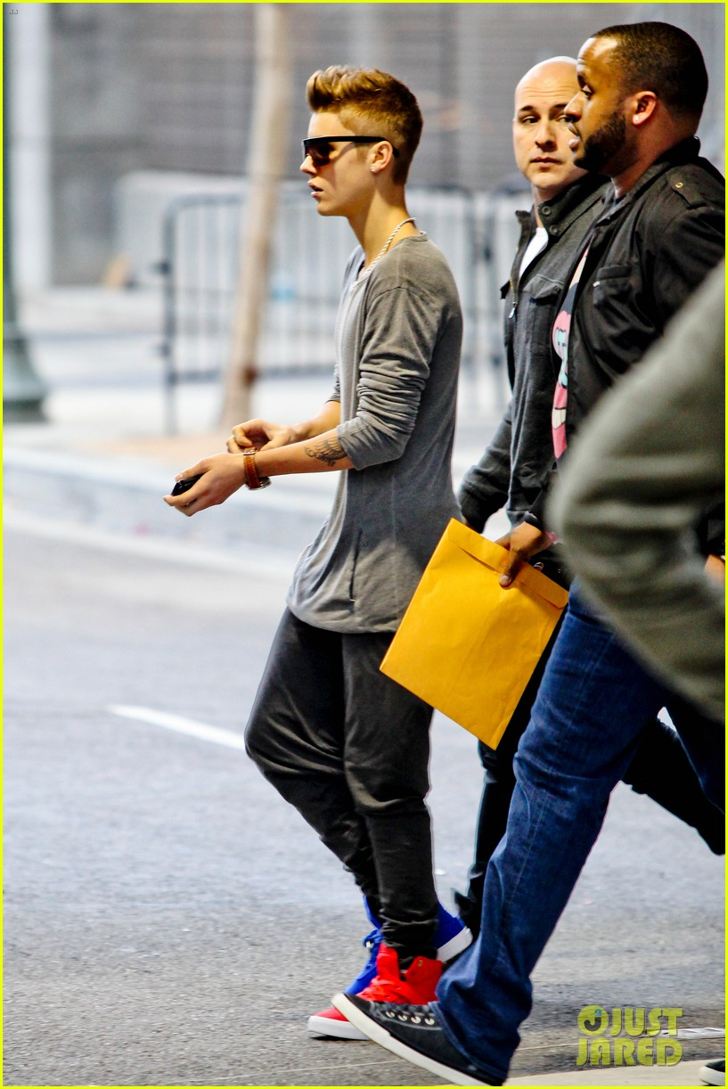 justin bieber selena gomez separate saturday sightings 052759645