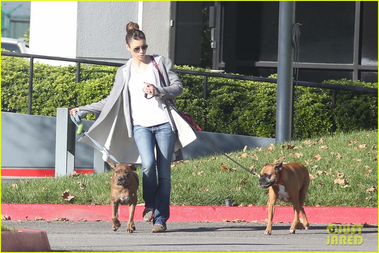 jessica biel dog walk before private plane departure 082762349