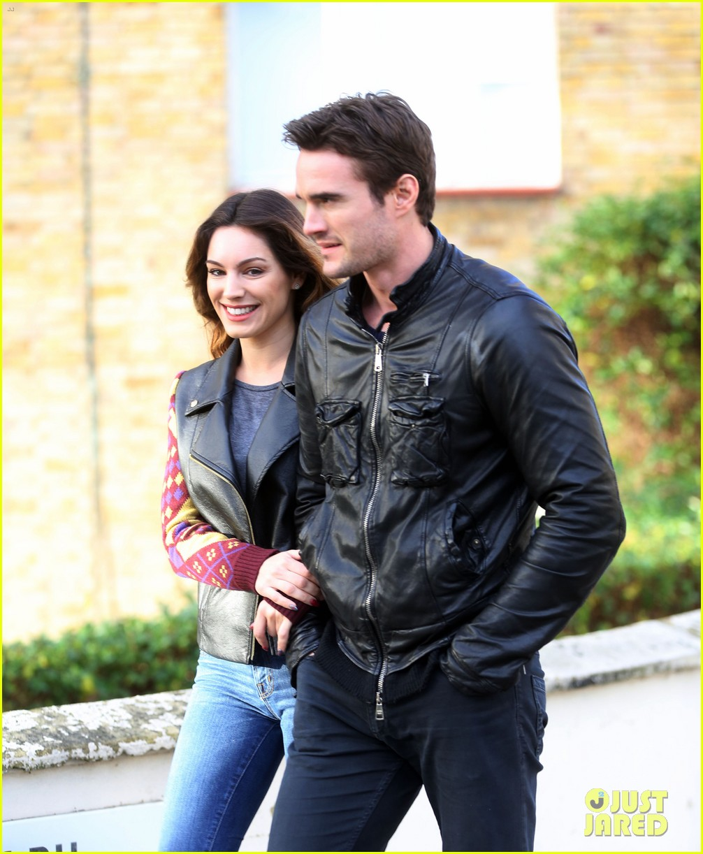 kelly brook birthday stroll with boyfriend 022762983