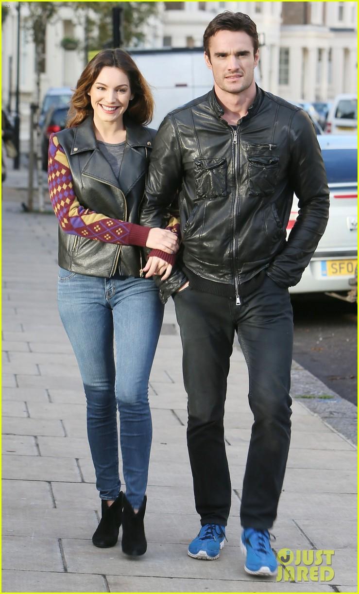 kelly brook birthday stroll with boyfriend 102762991