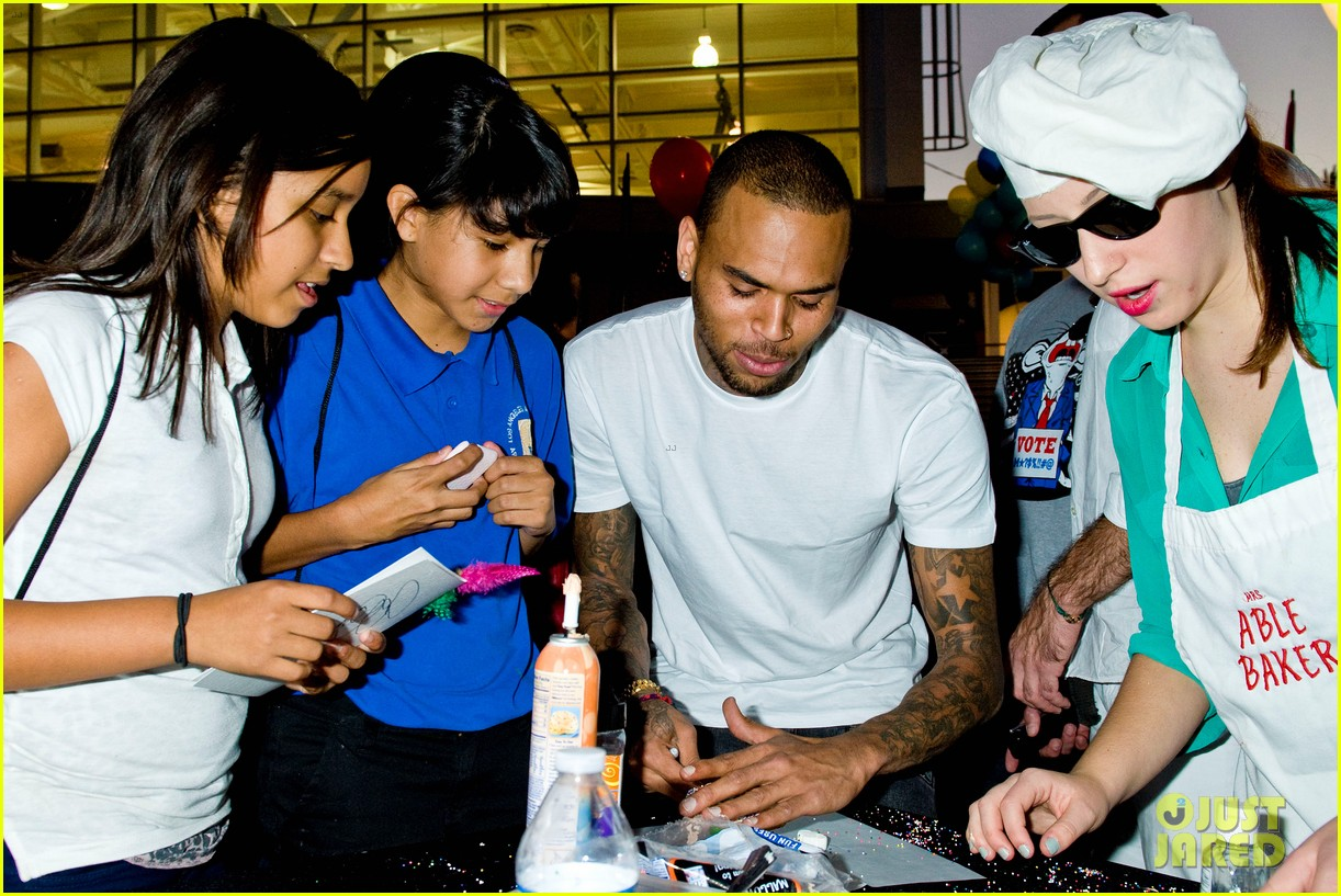 chris brown symphonic love foundation launch video 092755148
