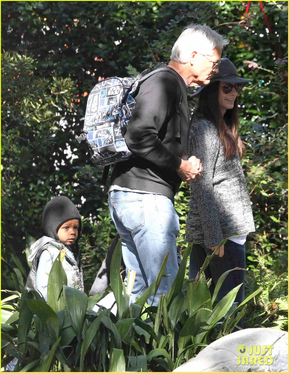 sandra bullock camila alves hang out with the kids 142757659