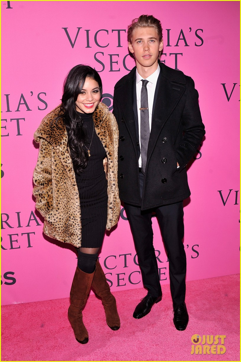 vanessa hudgens rolling stone party with austin butler 072753390