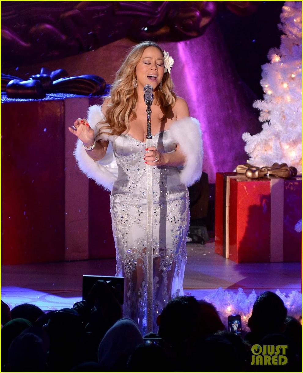 Rockefeller Center Christmas Tree Lighting Performers: Mariah Carey: Rockefeller Christmas Tree Lighting