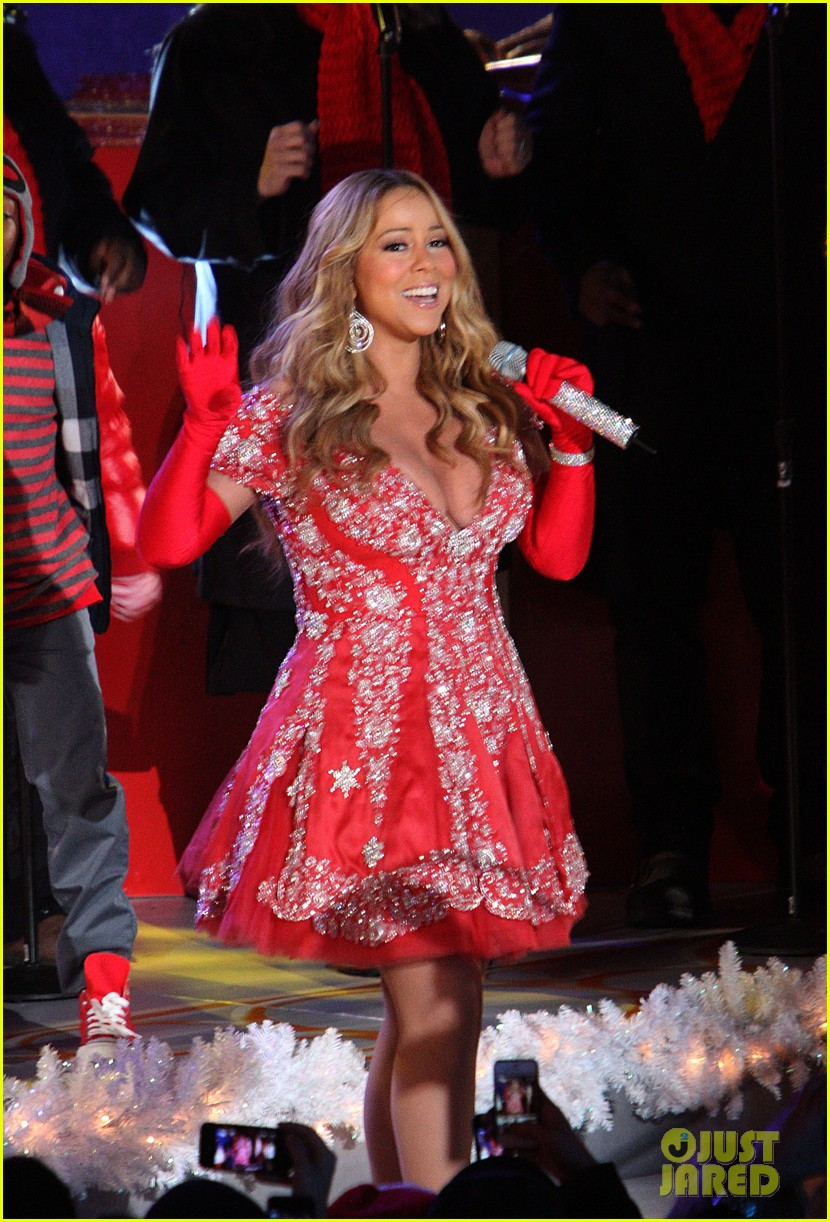 mariah carey rockefeller center tree lighting performance 072765188