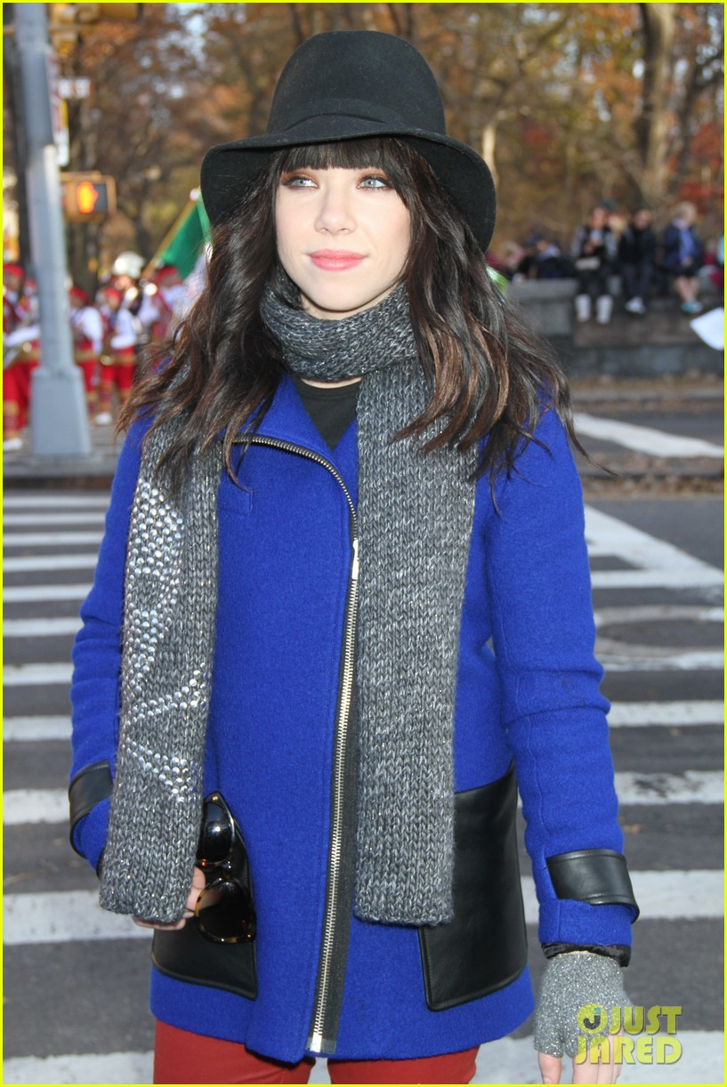 carly rae jepsen the wanted macys thanksgiving day parade 2012 082762970