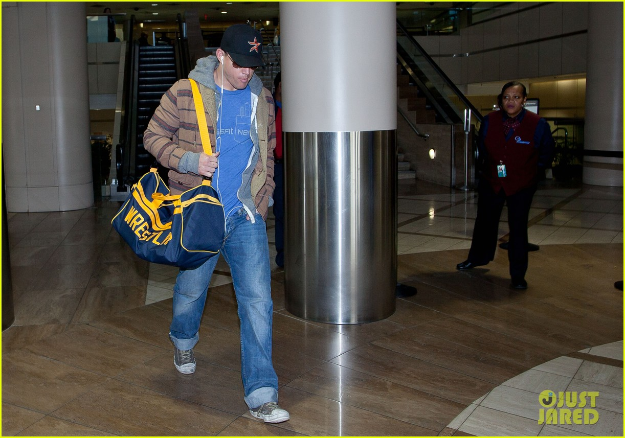 channing tatum thanksgiving day airport 062762604