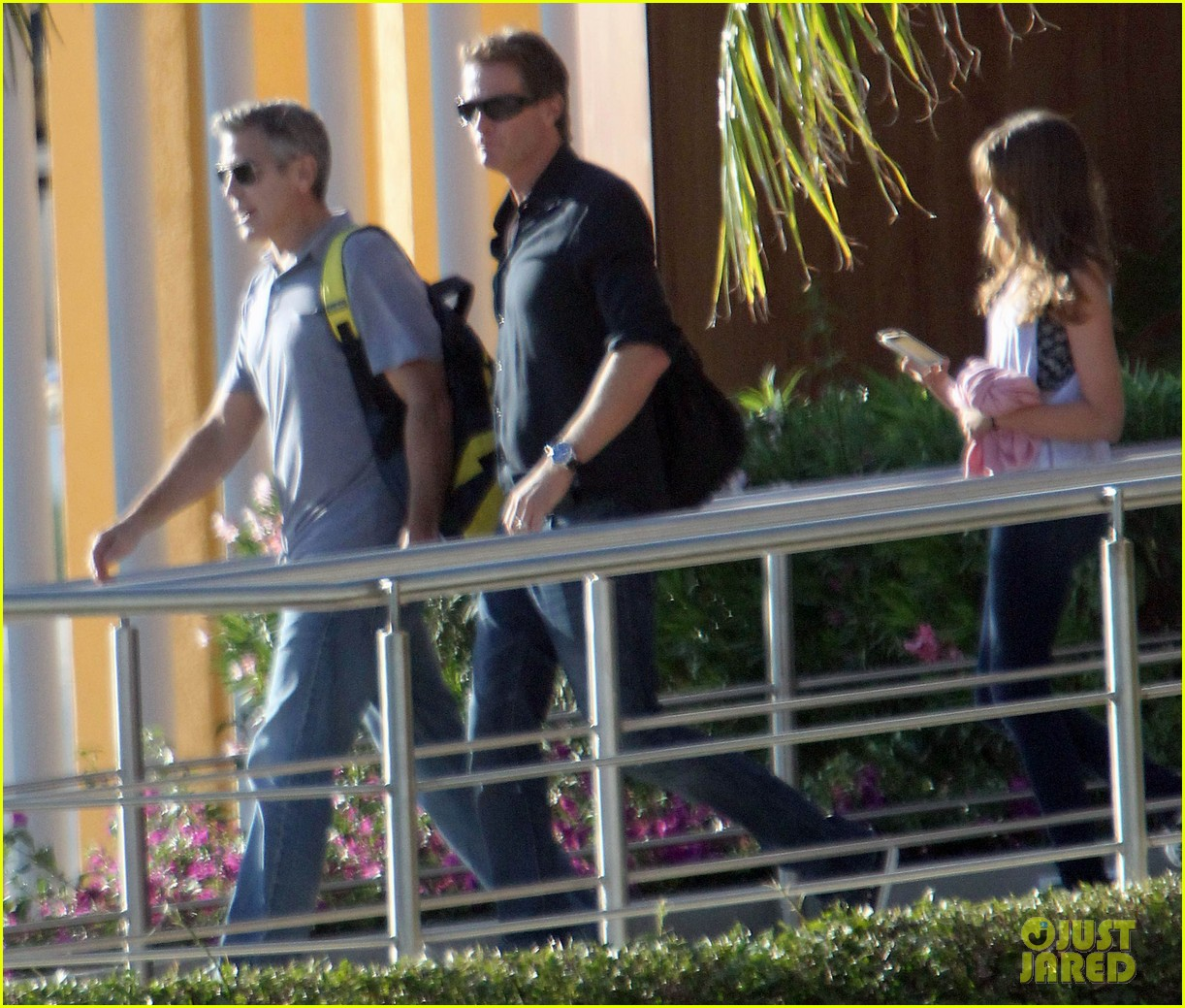george clooney stacy keibler thanksgiving in mexico 262762388