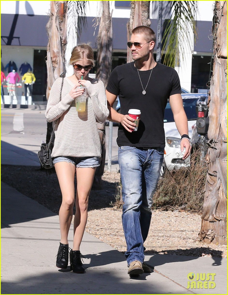 chad michael murray kenzie dalton starbucks sweeties 11