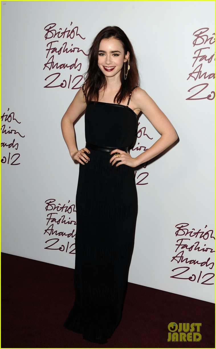 lily collins jamie campbell bower british fashion awards 012764725