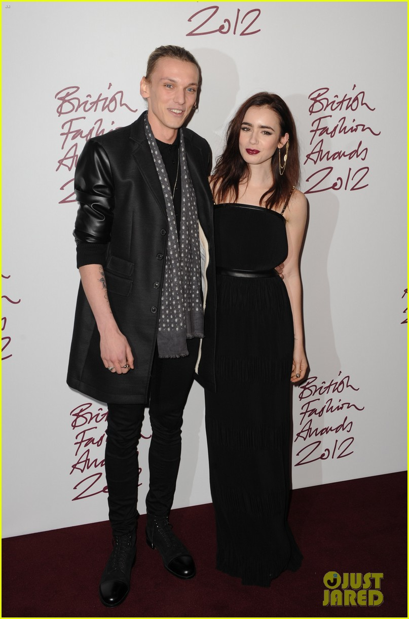 lily collins jamie campbell bower british fashion awards 052764729