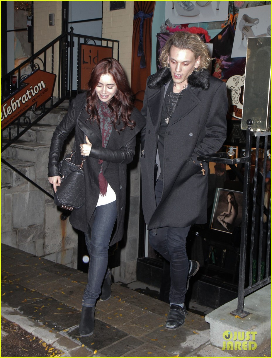 lily collins jamie campbell bower gallery viewing date 032749833