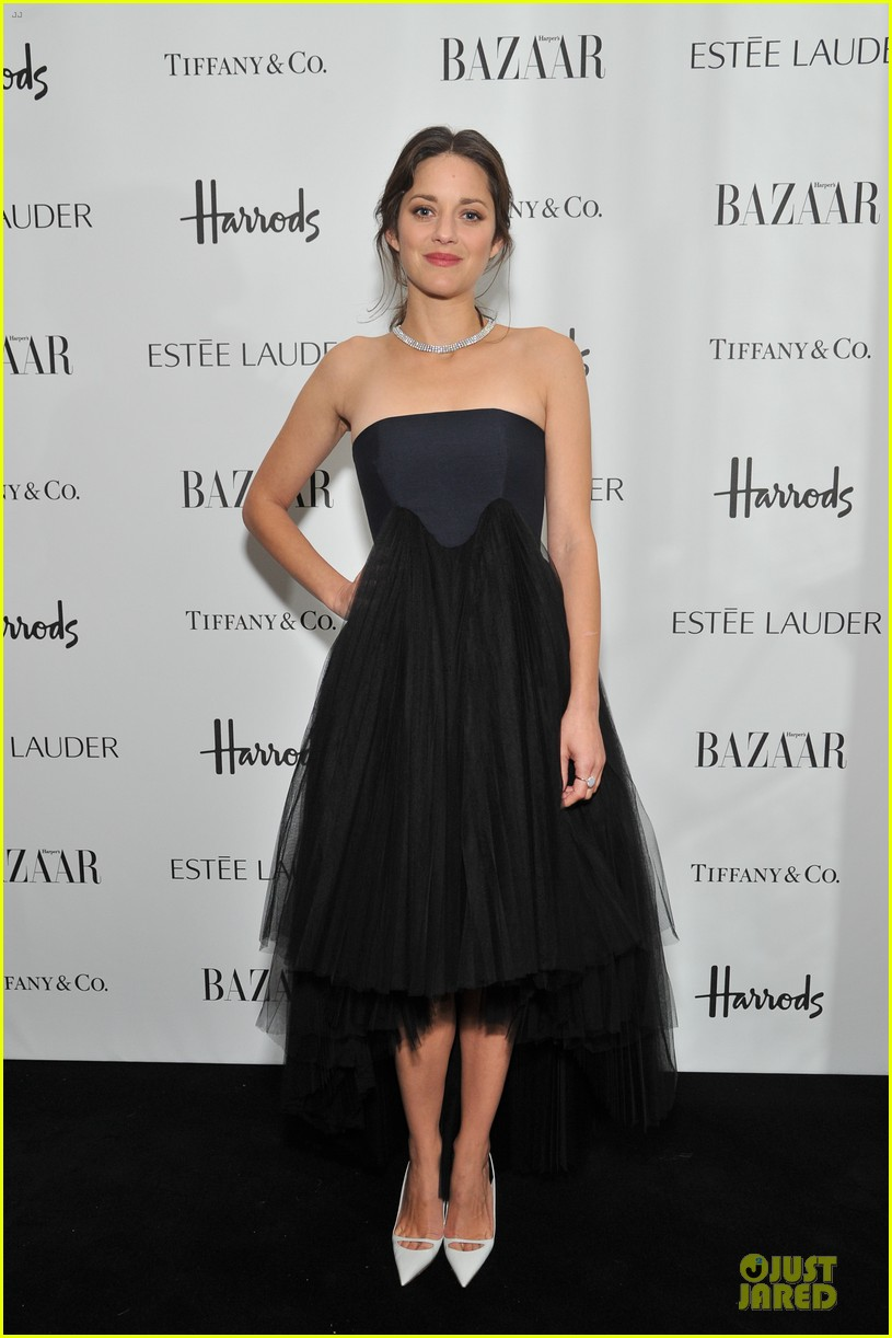 marion cotillard harpers bazaar woman of the year awards 012749212