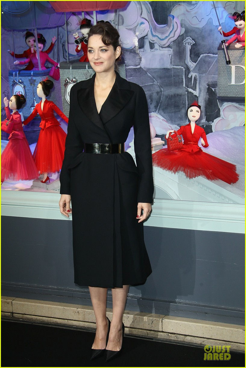 marion cotillard christmas illuminations launch 012754514