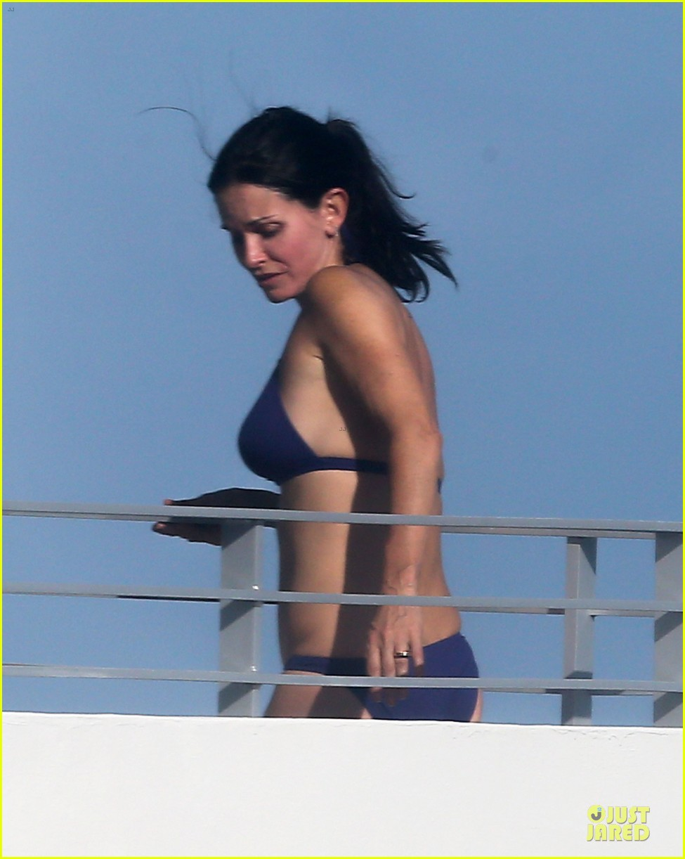 courteney cox miami bikini mama 122761010