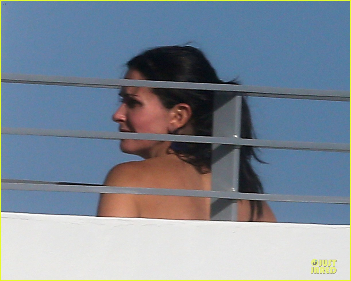 courteney cox miami bikini mama 17