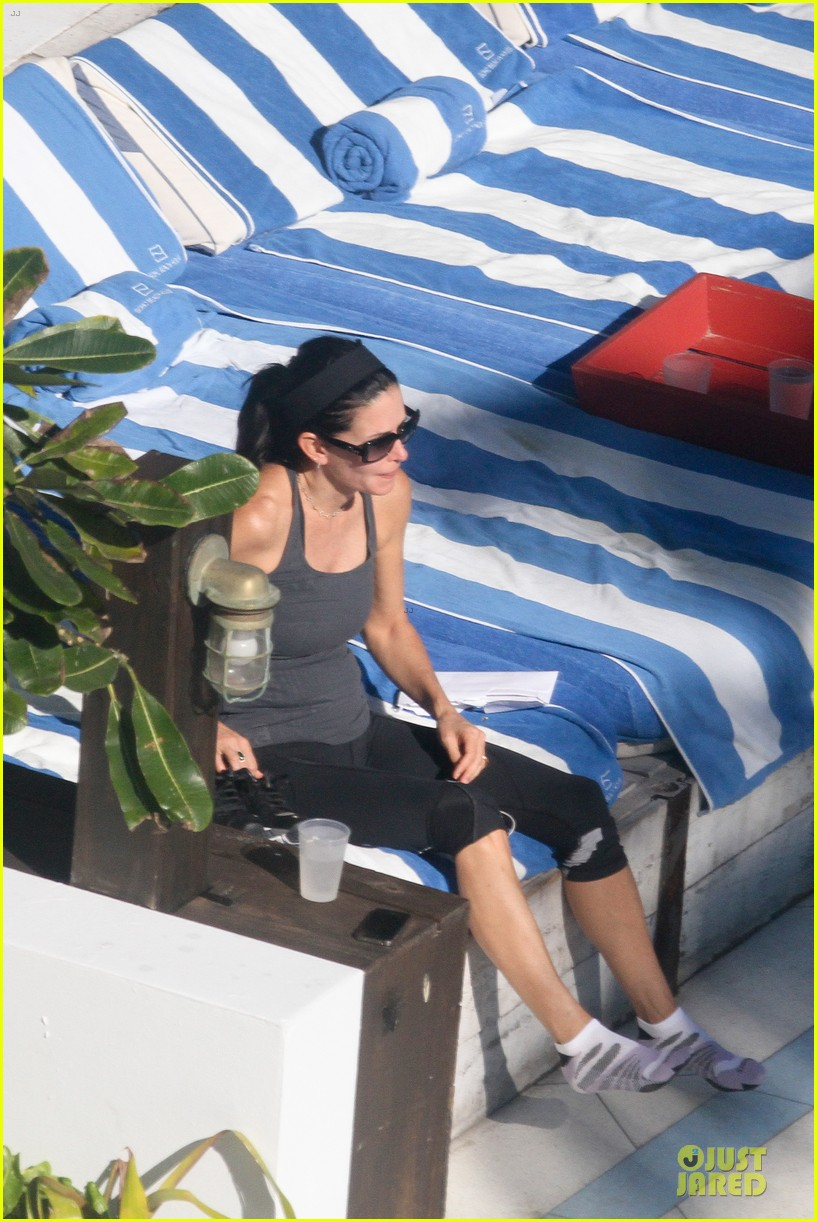 courteney cox miami bikini mama 272761025