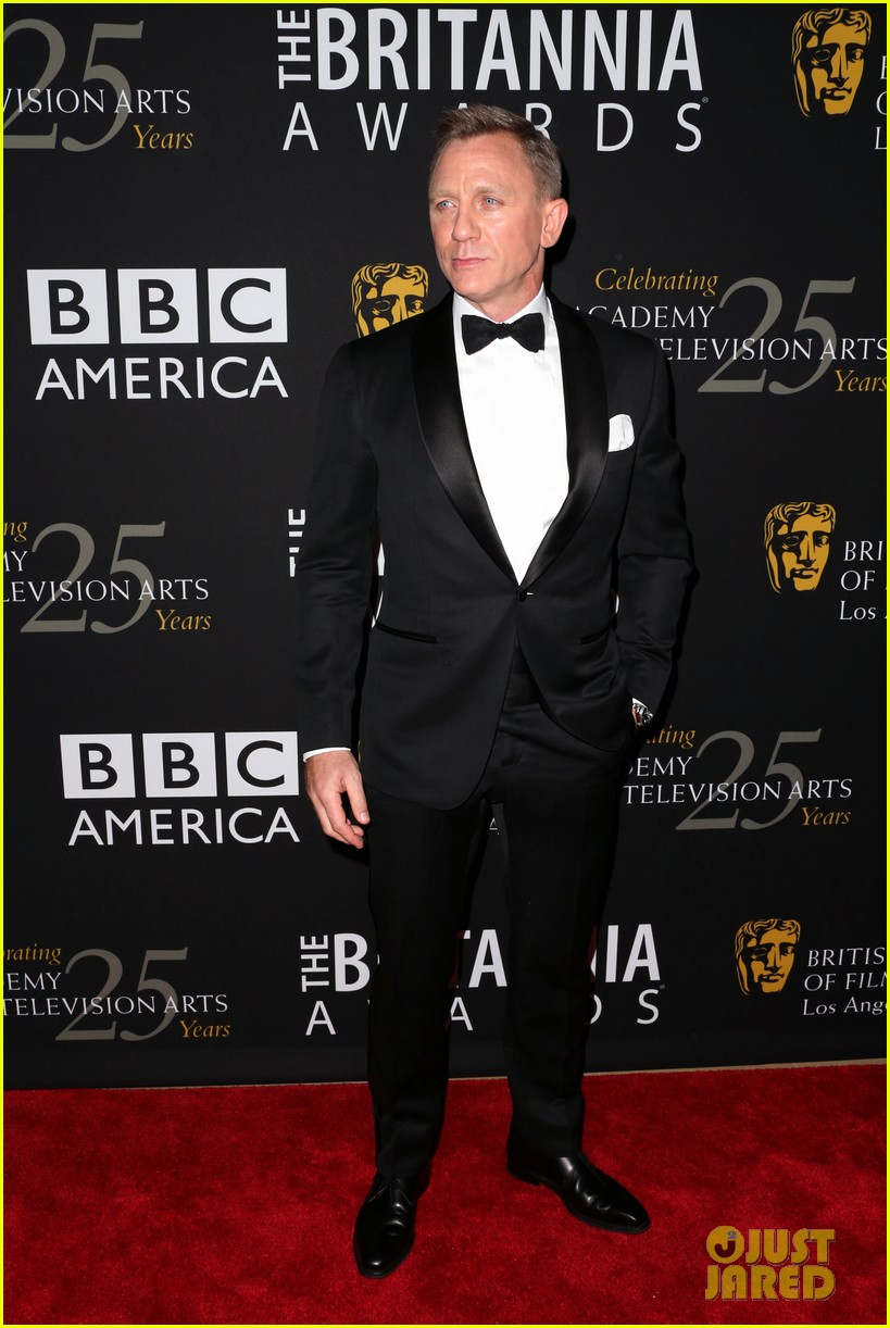 daniel craig bafta britannia awards with skyfall cast 082753291