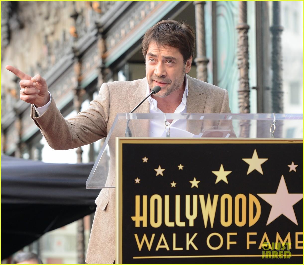 daniel craig skyfall cast cover the hollywood reporter 092753655