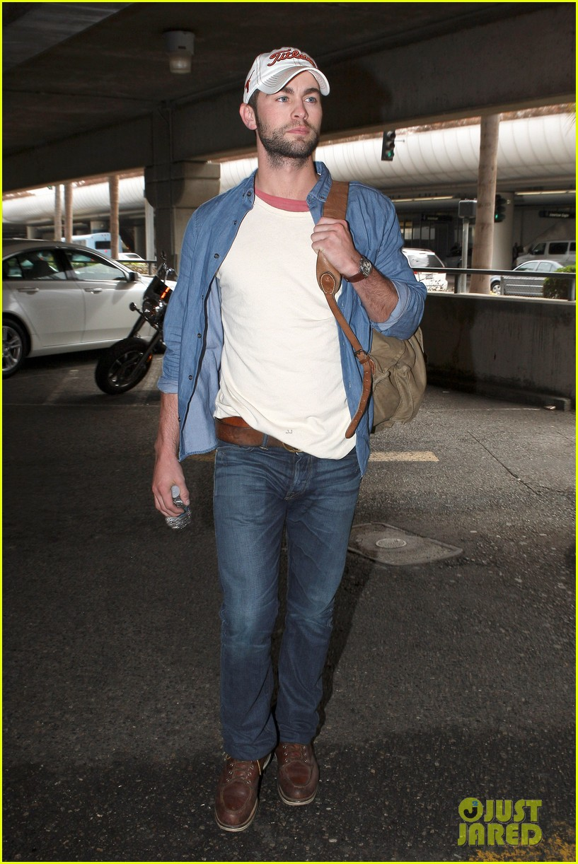 chace crawford matthew morrison hm store opening 102755032