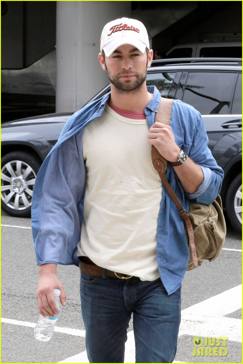 chace crawford matthew morrison hm store opening 11