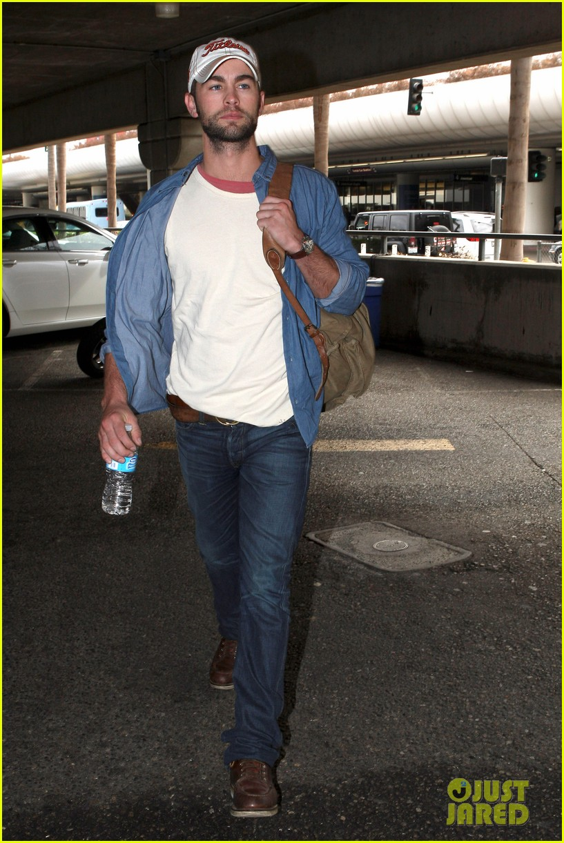 chace crawford matthew morrison hm store opening 122755034