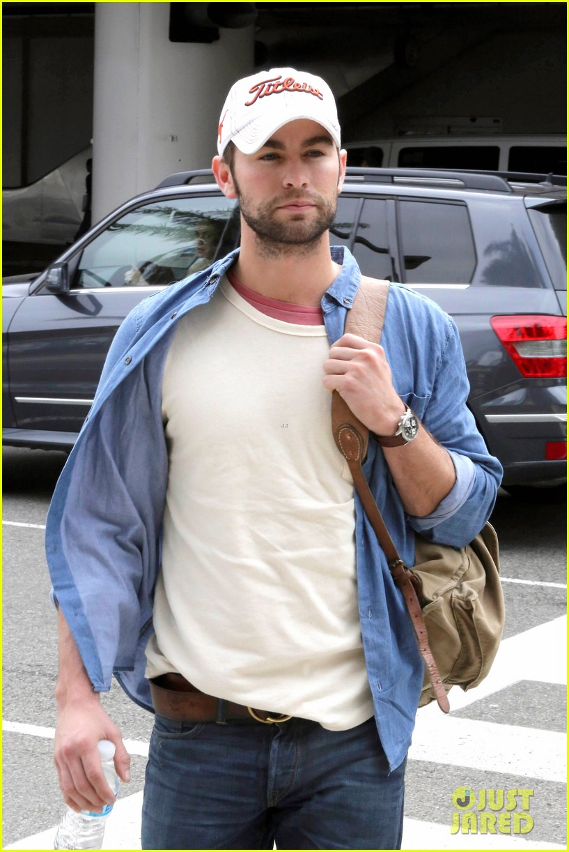 chace crawford matthew morrison hm store opening 132755035