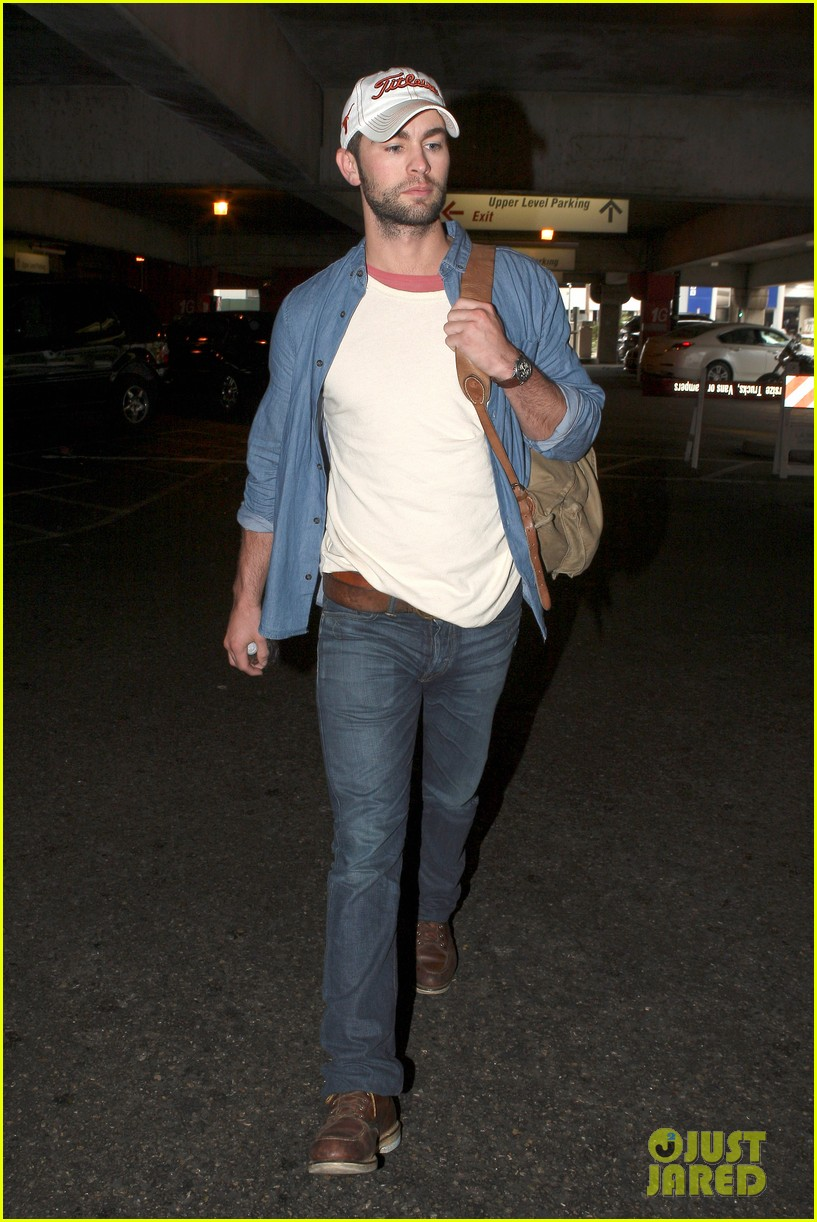 chace crawford matthew morrison hm store opening 142755036
