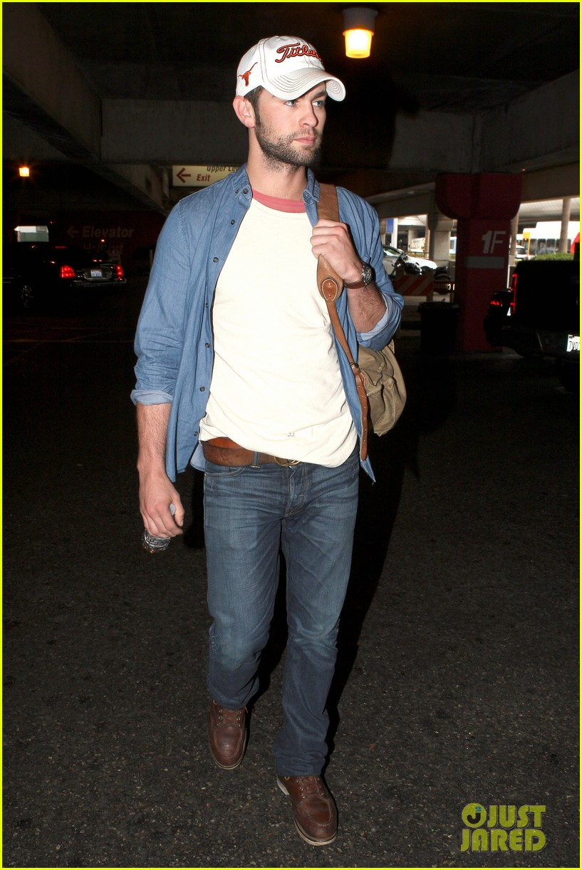 chace crawford matthew morrison hm store opening 15