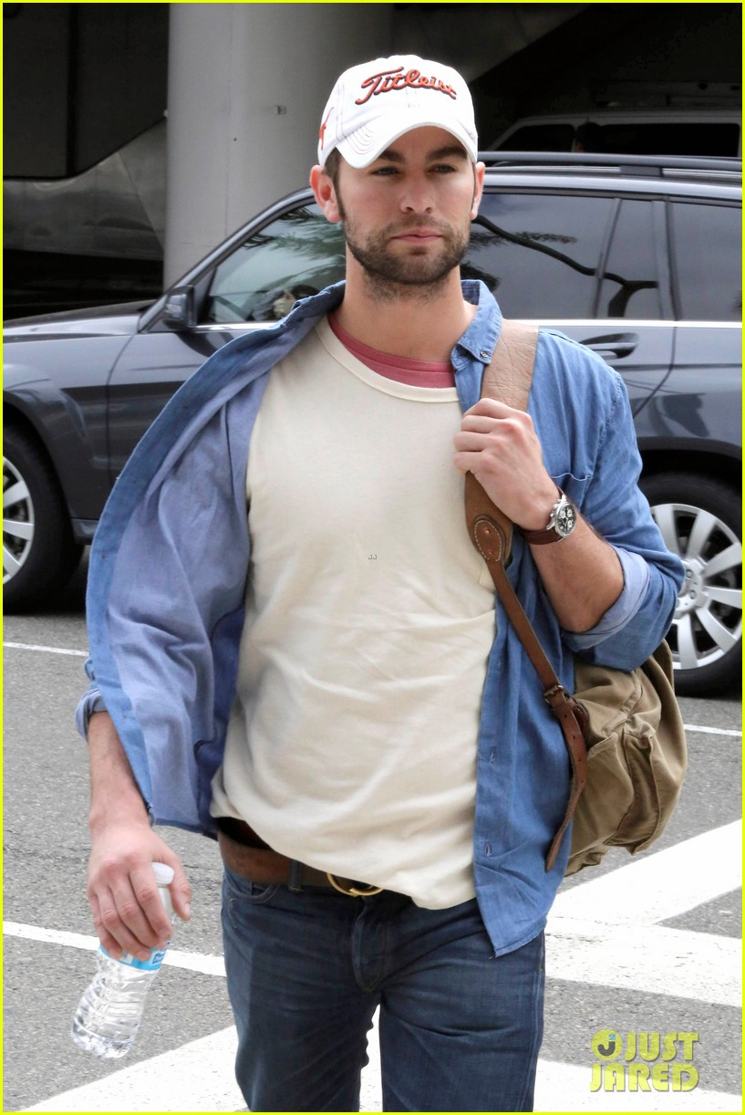 chace crawford matthew morrison hm store opening 162755038