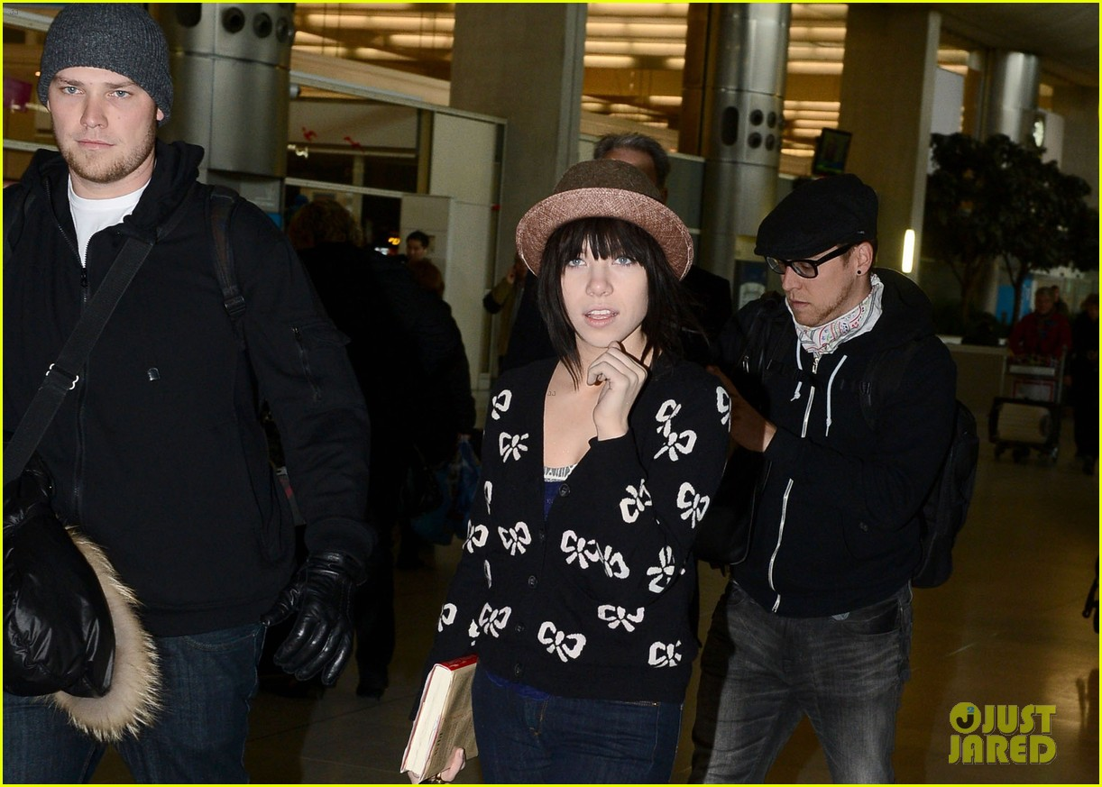 carly rae jepsen pretty in paris 122756730