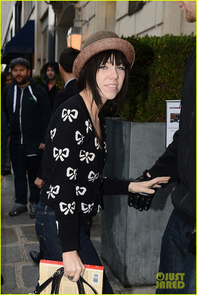 carly rae jepsen pretty in paris 222756740
