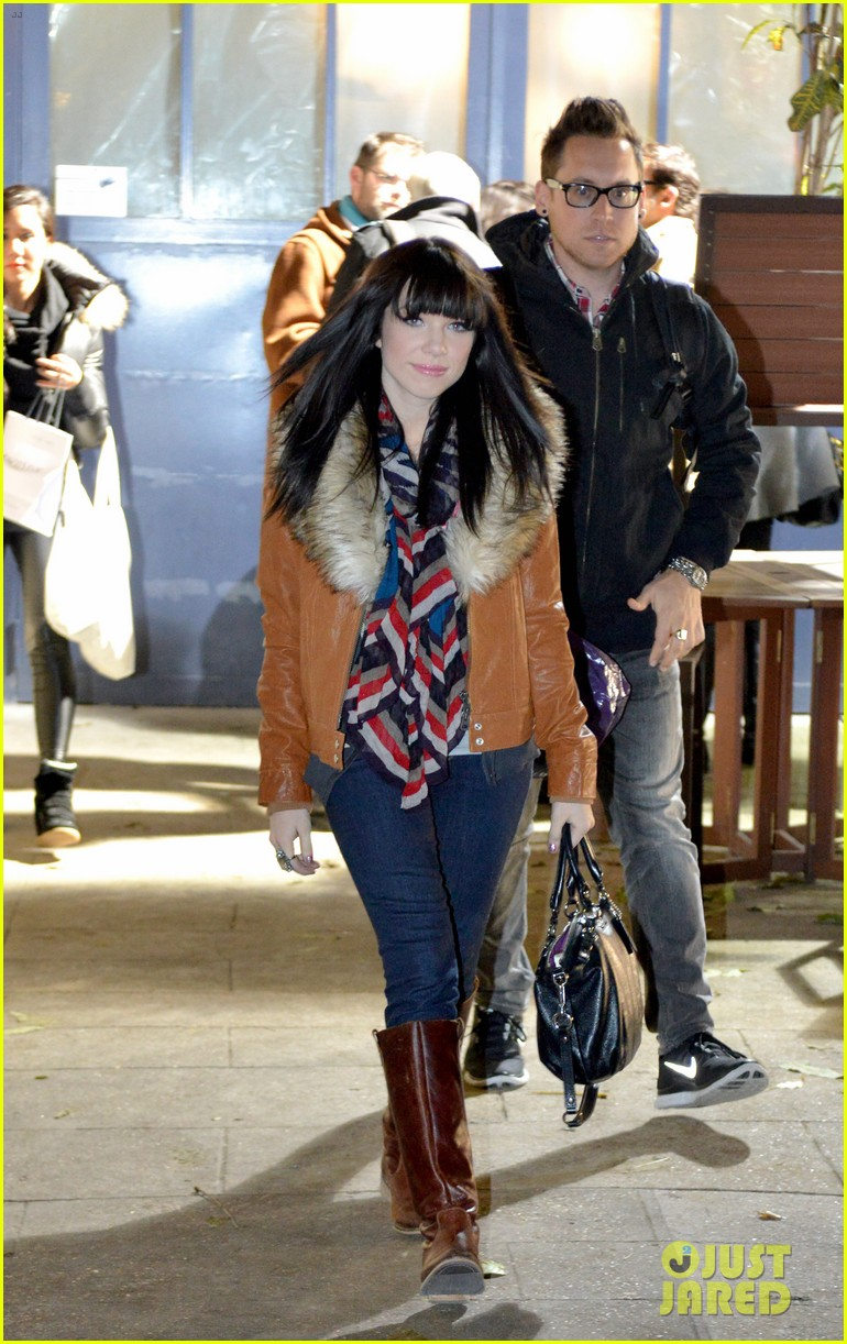 carly rae jepsen pretty in paris 242756742