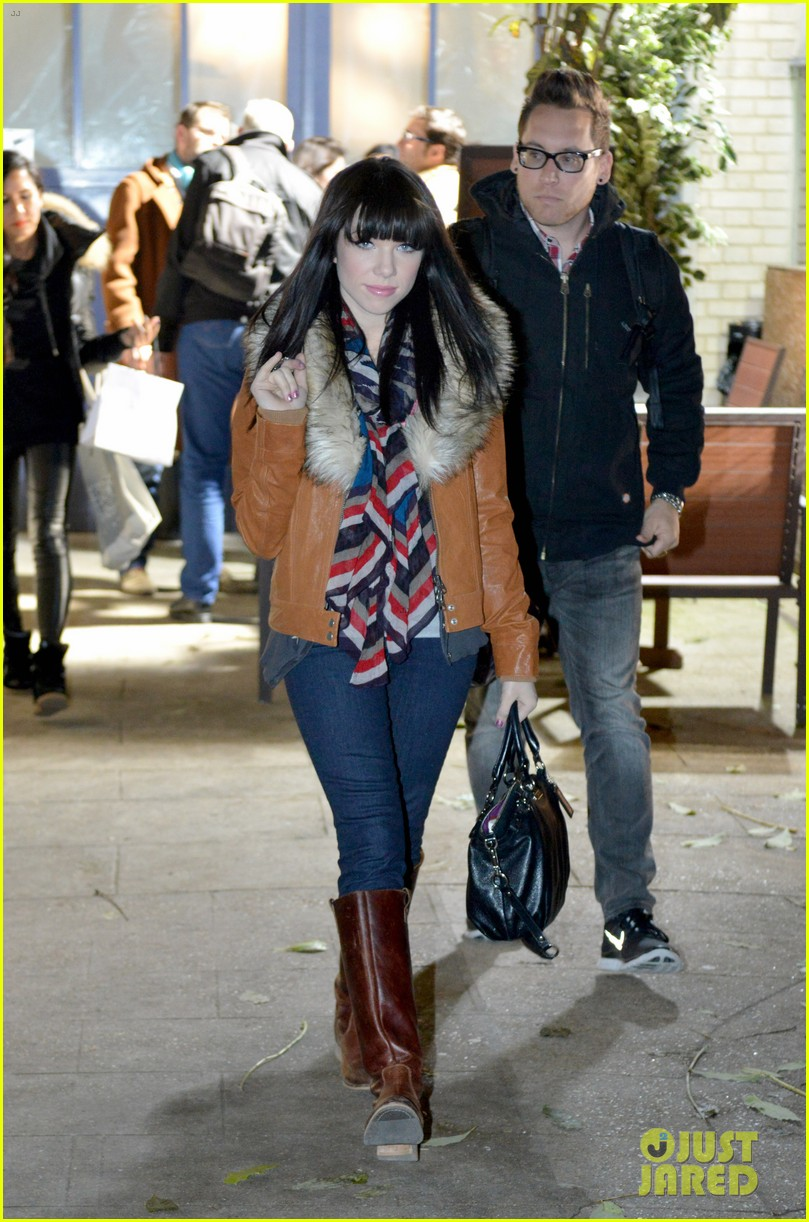 carly rae jepsen pretty in paris 262756744