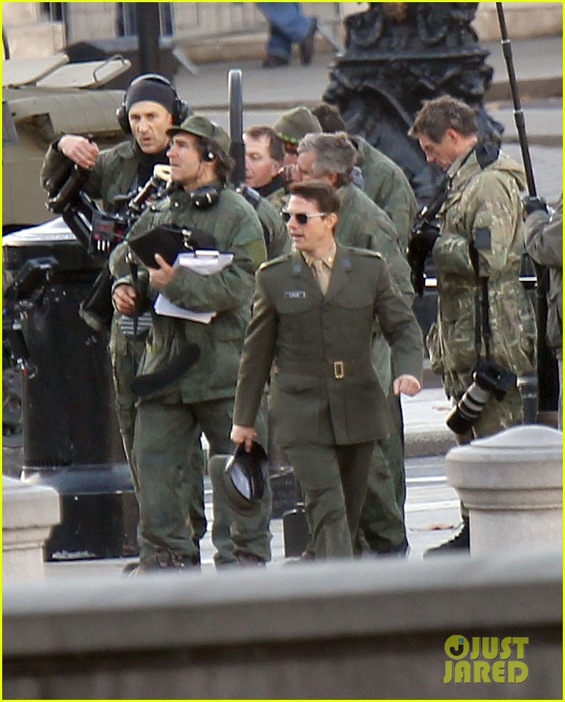 tom cruise military attire for all you need is kill 162763568