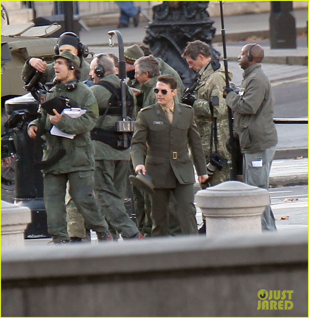 tom cruise military attire for all you need is kill 192763571