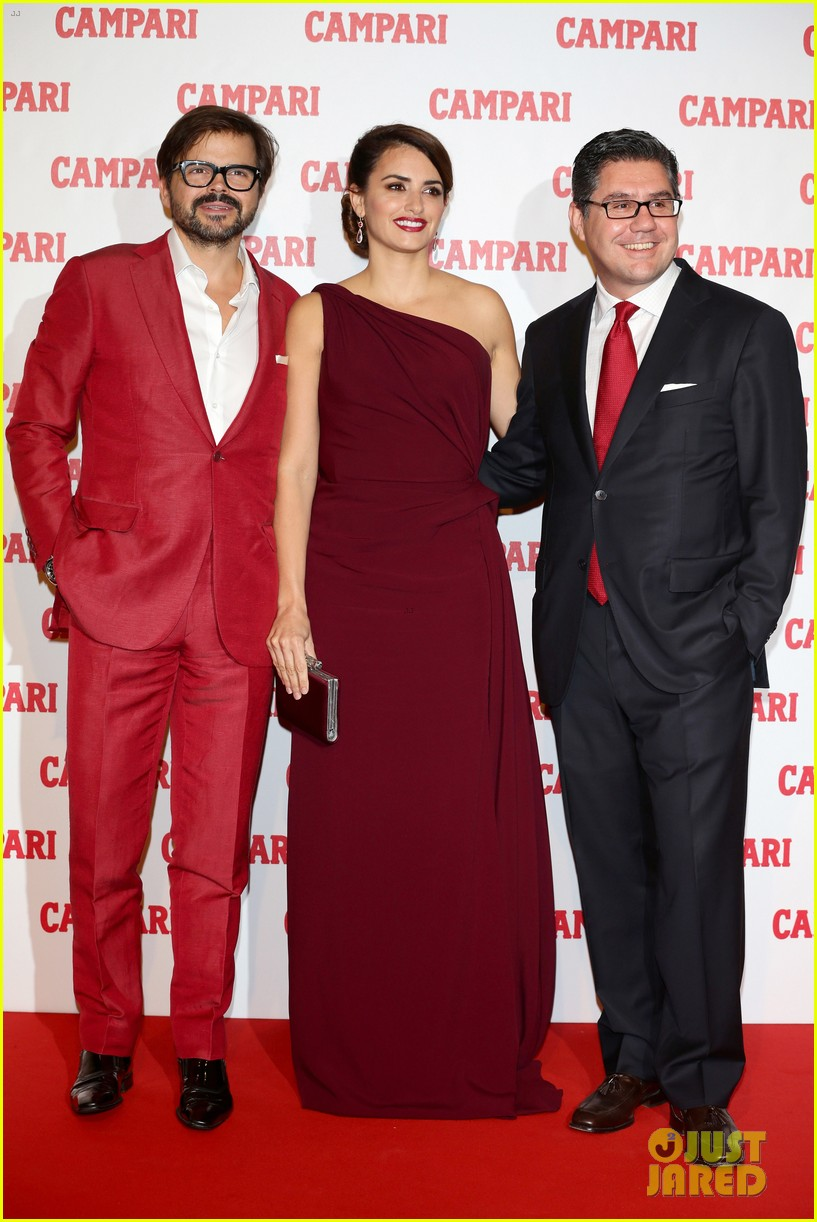 penelope cruz  campari calendar launch event 032756872