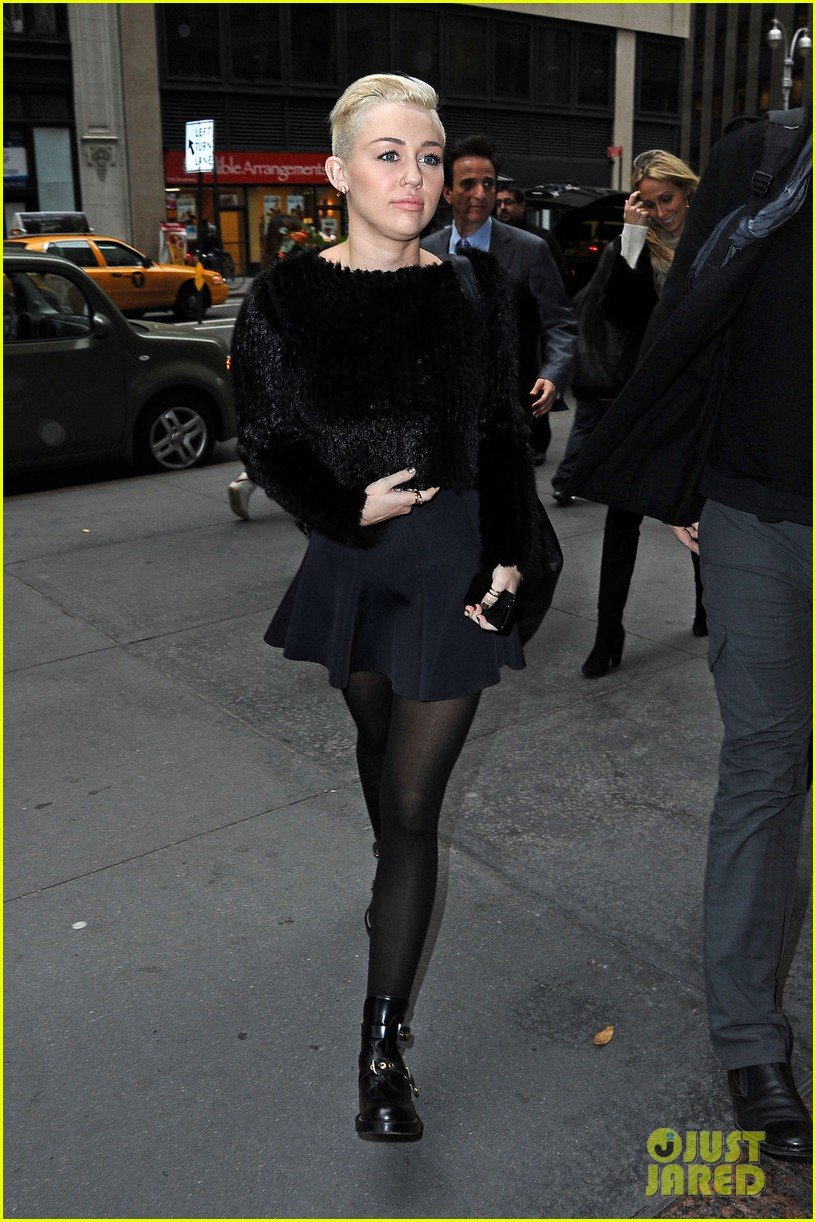 miley cyrus dope morning in new york city 02