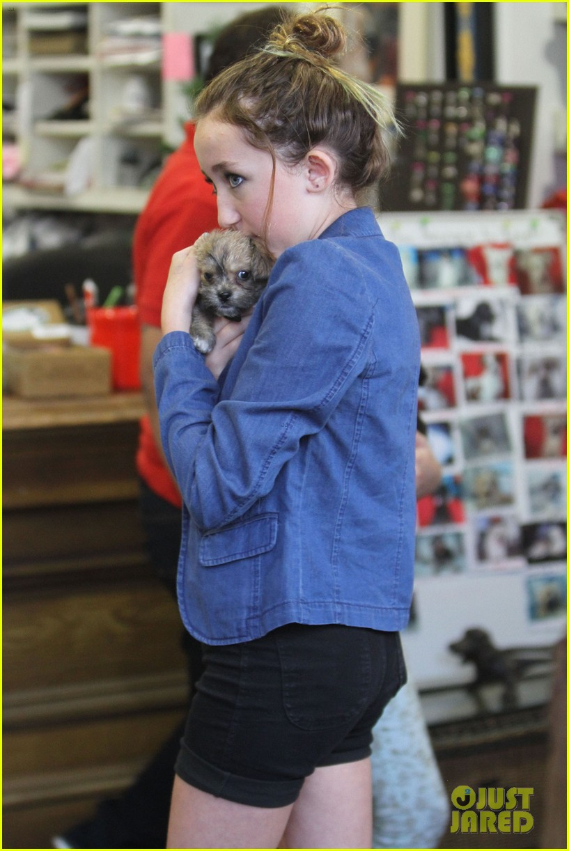 miley cyrus introduces new pup penny lane 222764535