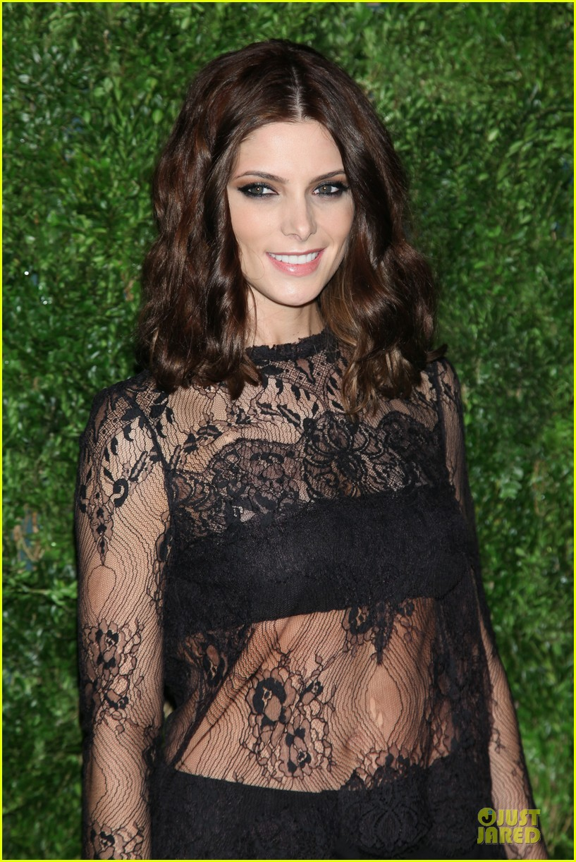 ashley greene dakota fanning cfda vogue fashion fund awards 12