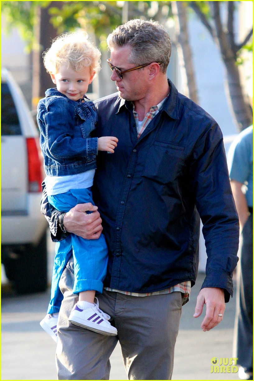 eric dane rebecca gayheart holiday shopping with billie 022764846