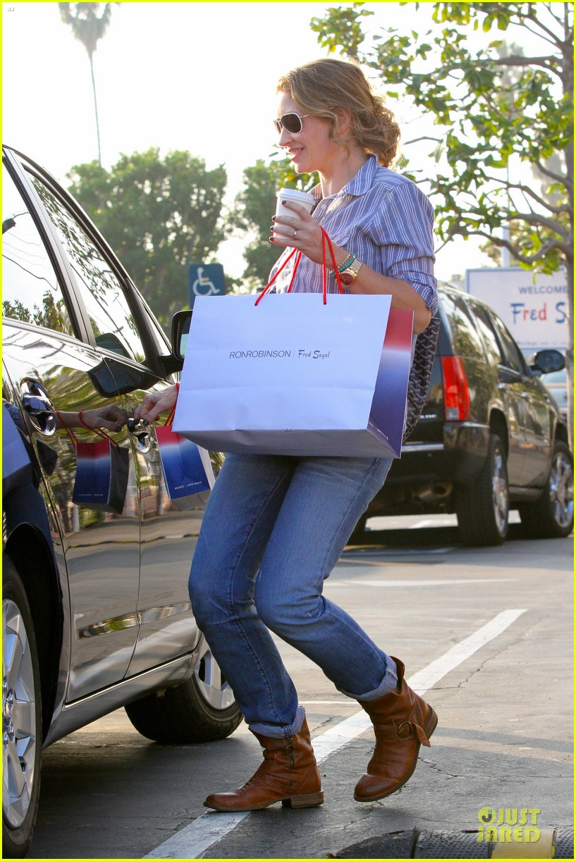 eric dane rebecca gayheart holiday shopping with billie 102764854