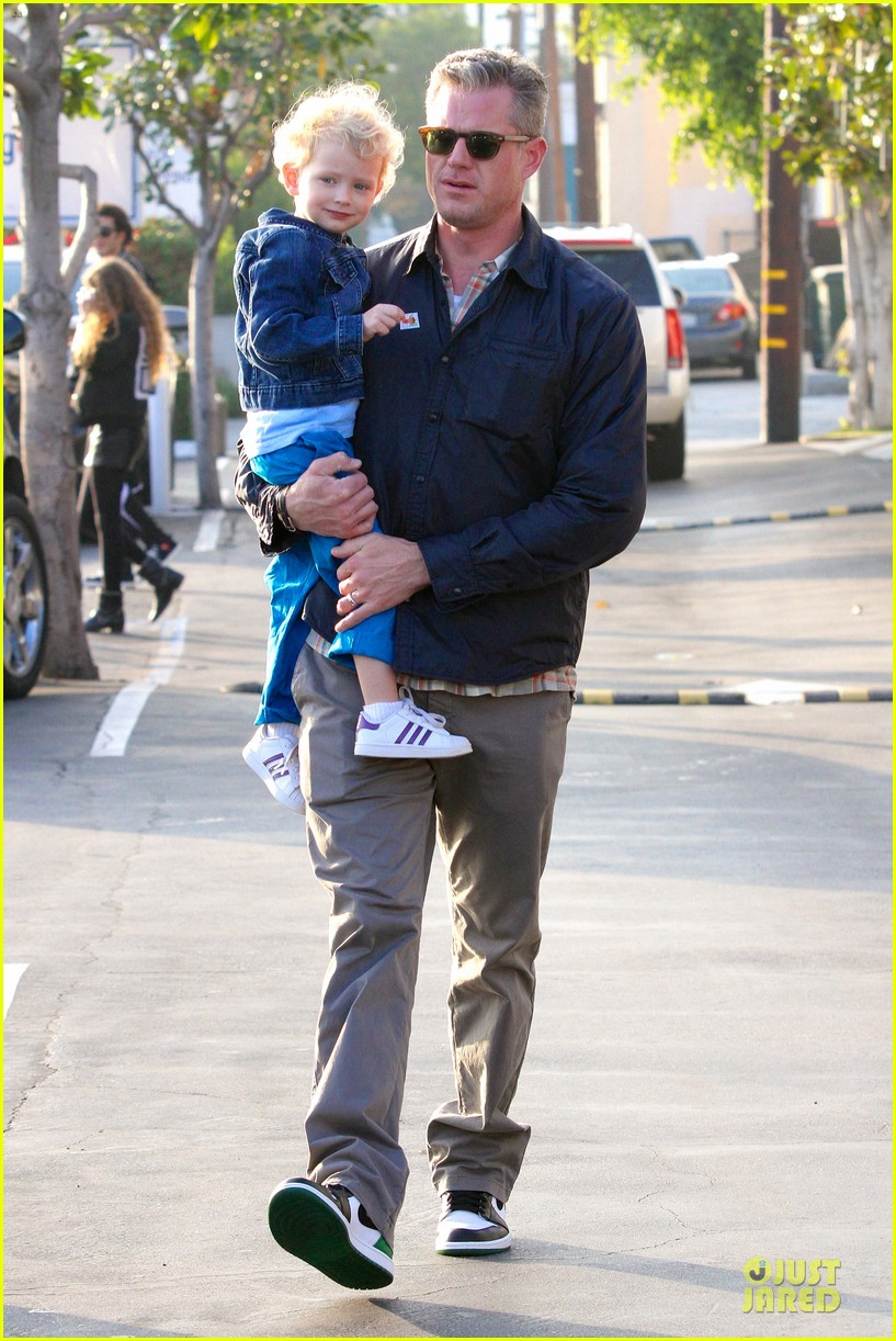 eric dane rebecca gayheart holiday shopping with billie 132764857