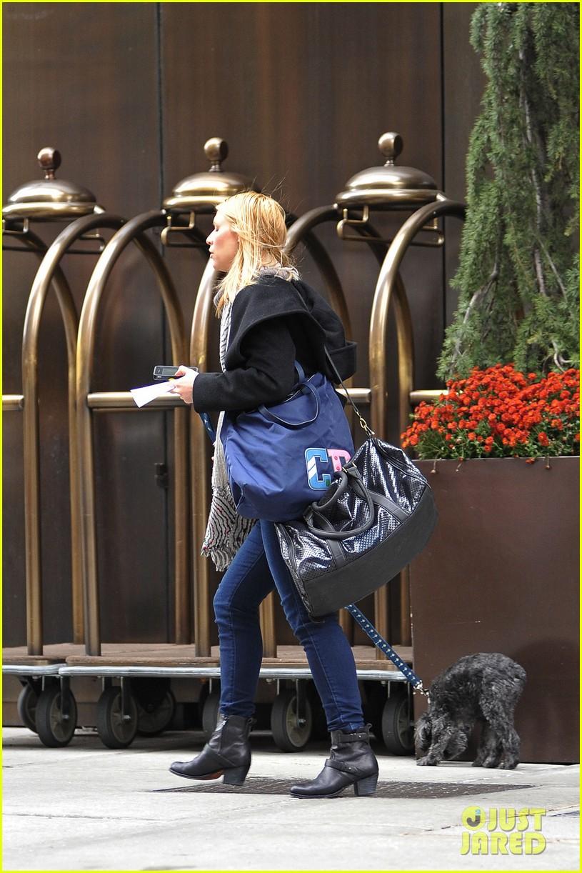 claire danes dog walk 032754082