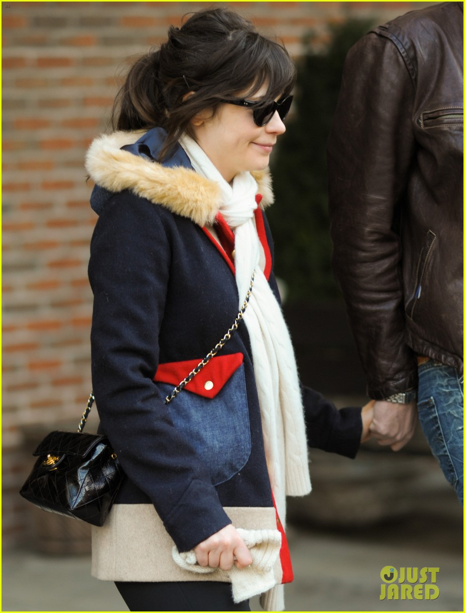 zooey deschanel jamie linden holding hands in nyc 022762951