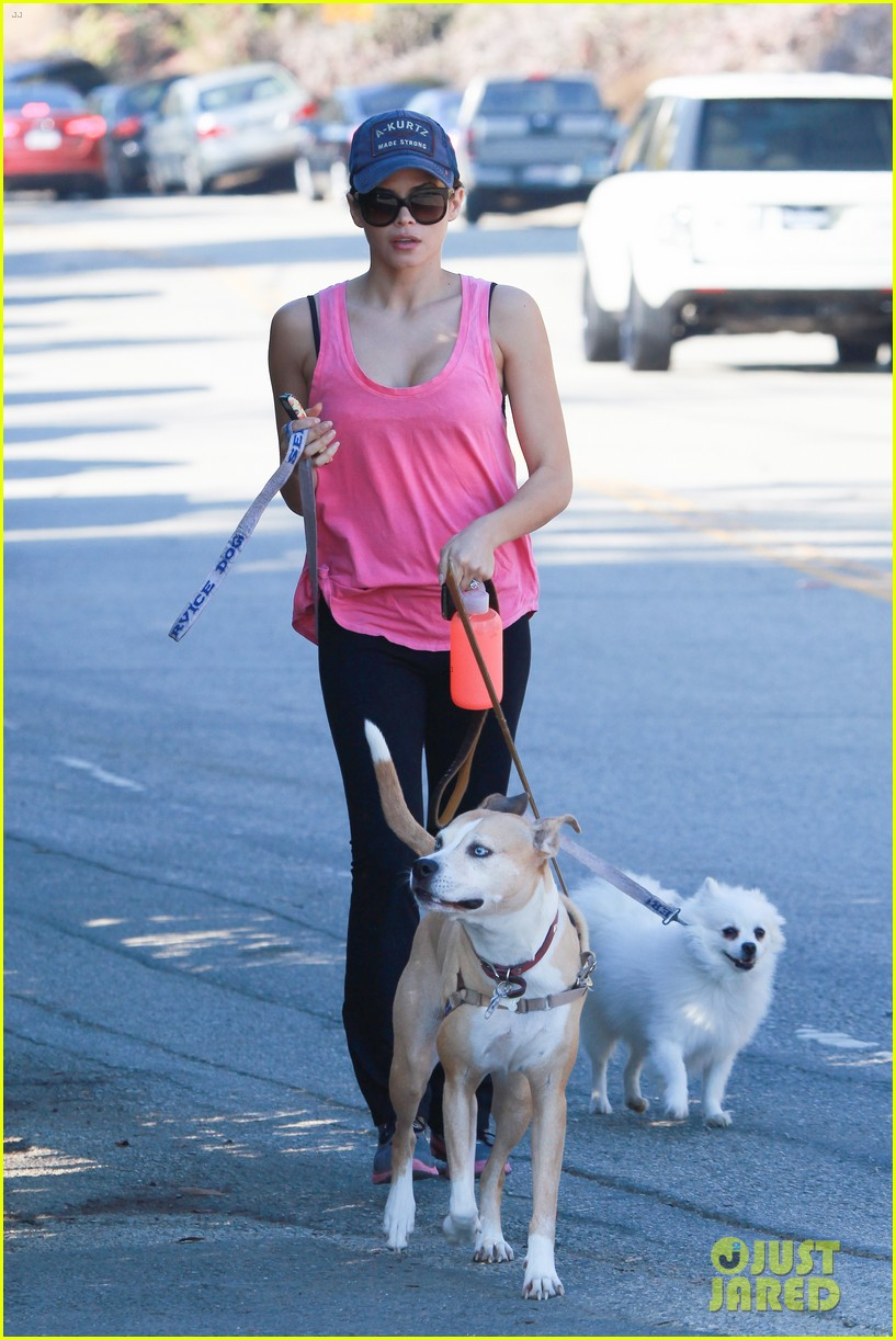 jenna dewan runyon canyon dog hike 03