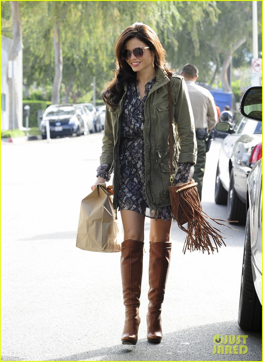 jenna dewan steps out after channing tatum crowned sexiest man alive 202757554