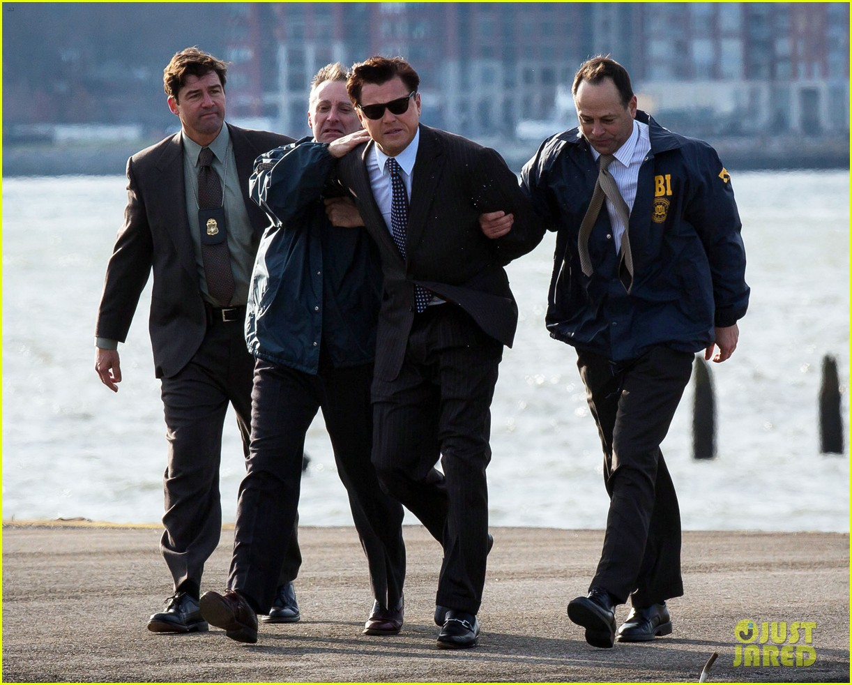 leonardo dicaprio arrested on wolf of wall street set 23