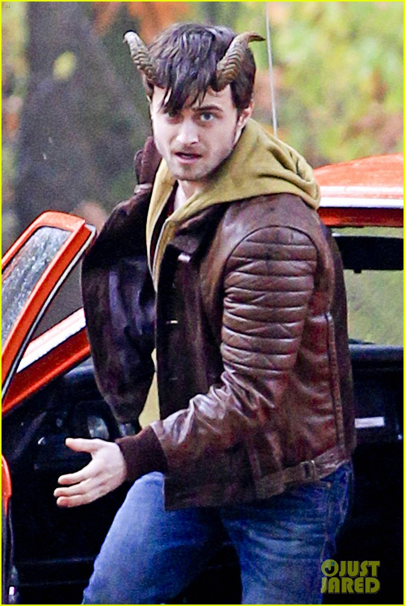 daniel radcliffe distressed horns 032749968